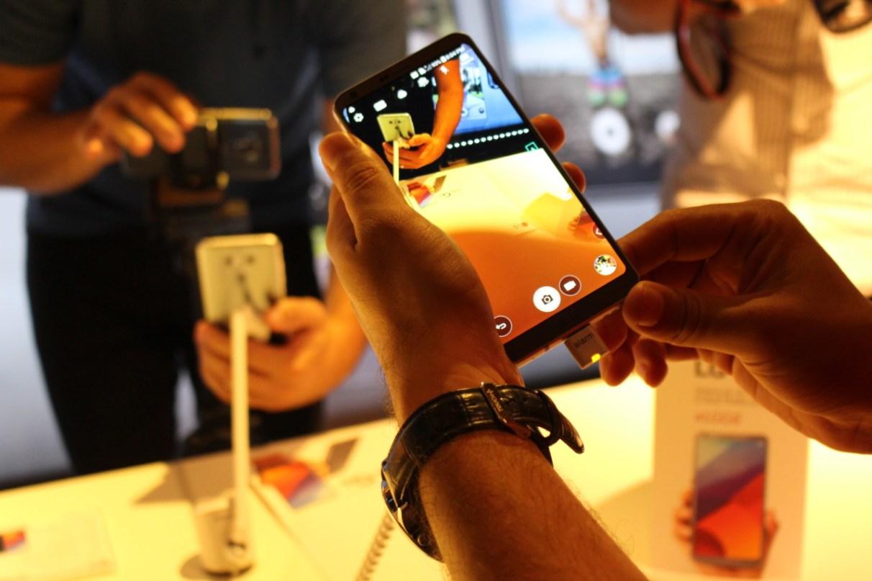 a7c7f0828f O LG G6 também possui o modo gamer que permite ao usuário ajustar a  resolução do vídeo e a sua taxa de quadros minimizando o uso da bateria.